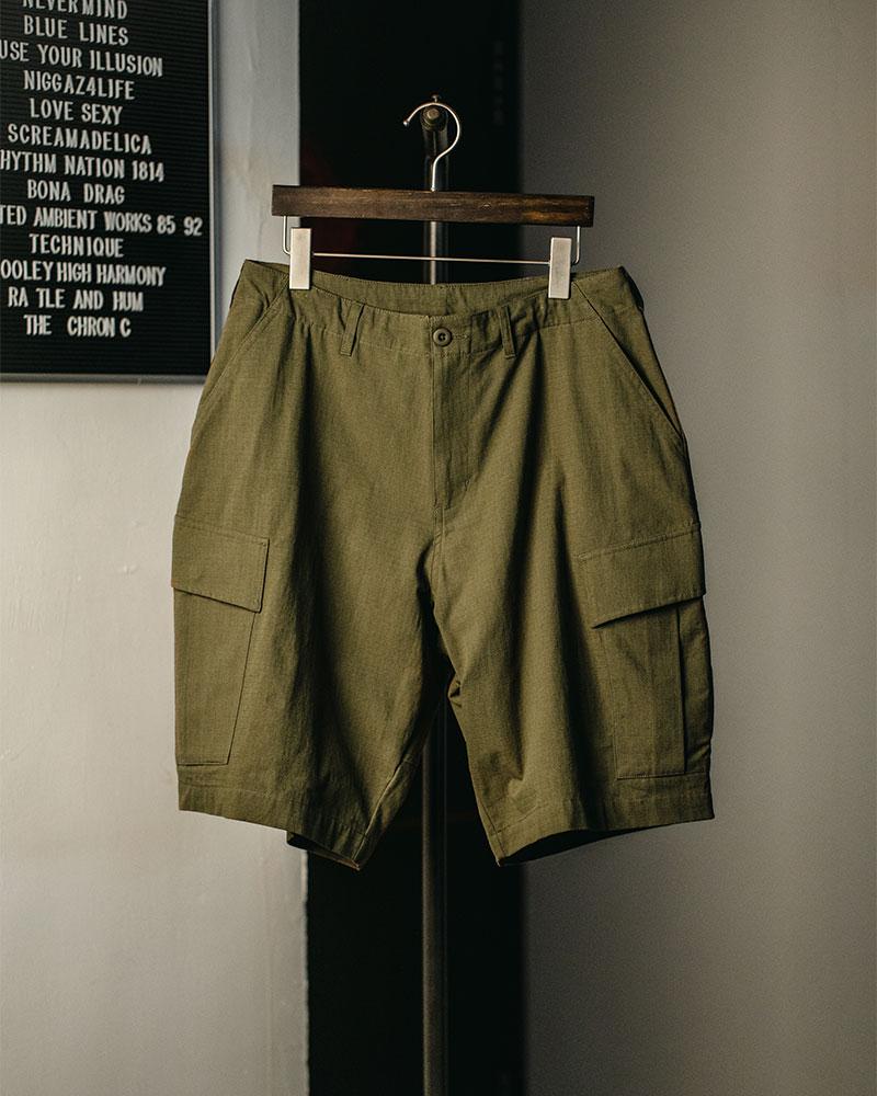 HALHAM|Oversized Cargo Shorts・Khaki