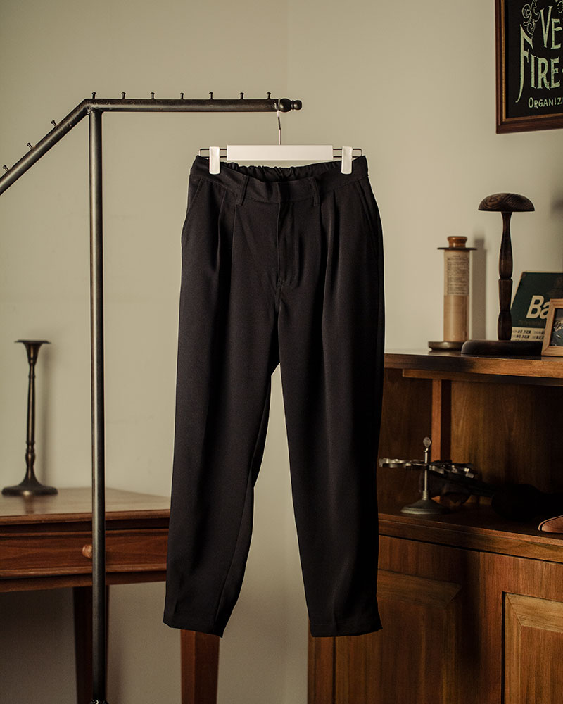 HALHAM|Stretch Ankle Pants・Black