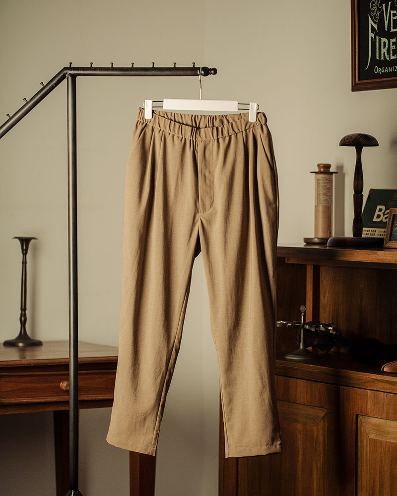 HALHAM|Easy Wide Tapered Pants・Beige
