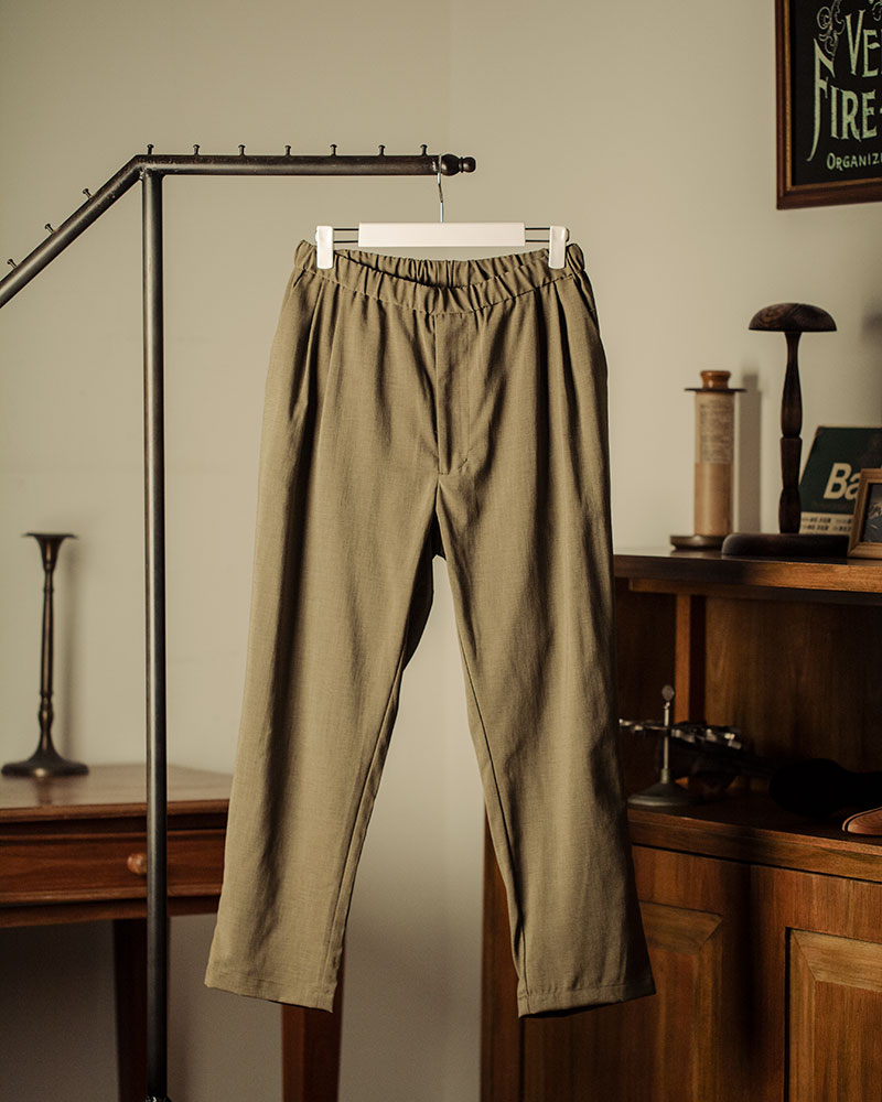 HALHAM|Easy Wide Tapered Pants・Khaki