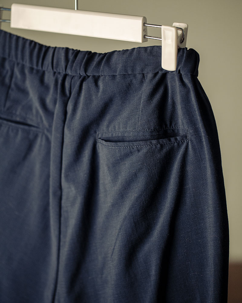 HALHAM|Easy Wide Tapered Pants・Navy