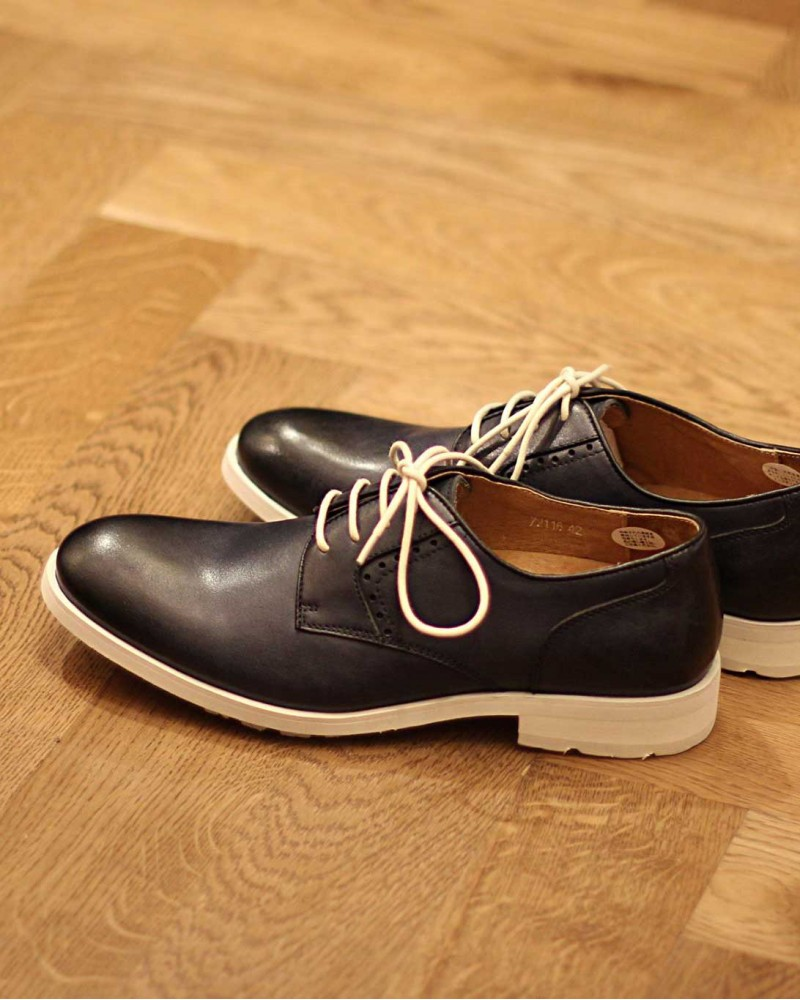RAD by RAUDi White Sole Plain Toe Shoes