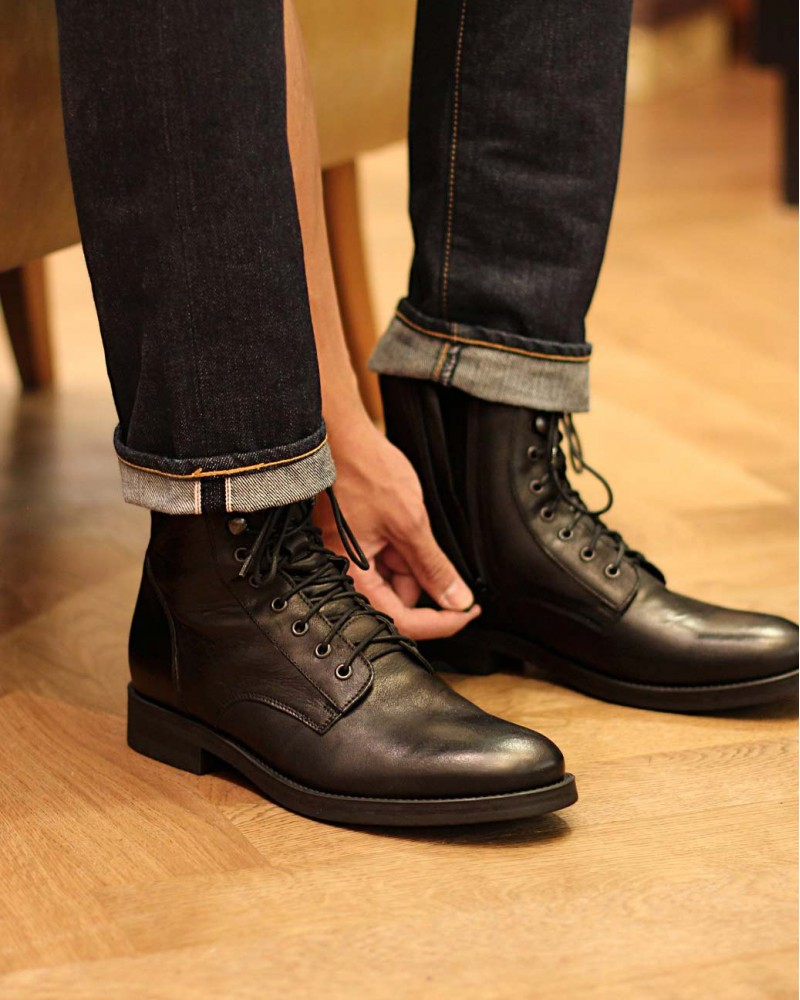Boemos Lace-Up Boots.Black