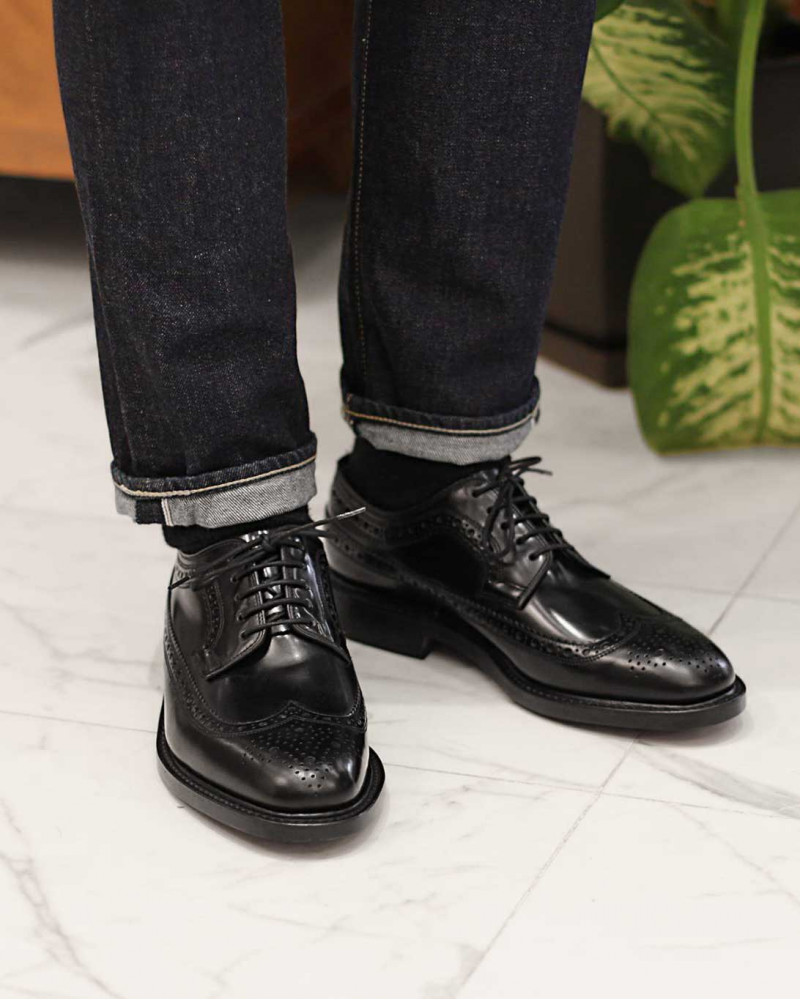 Loake Long Wing Brogue・Black