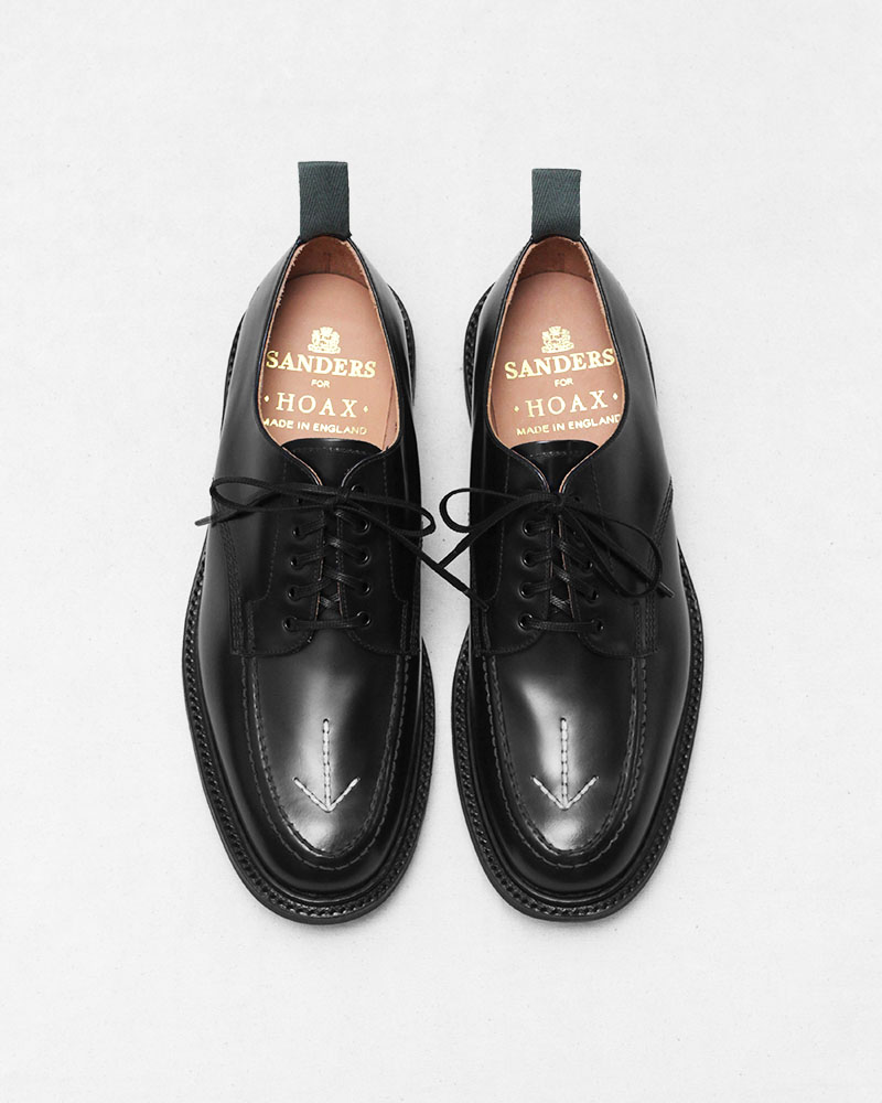 Pre-order|HOAX x SANDERS Broad Arrow Black Apron Derby・Black