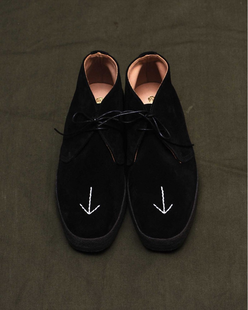 HOAX x SANDERS Military Broad Arrow Playboy Chukka・Black Suede