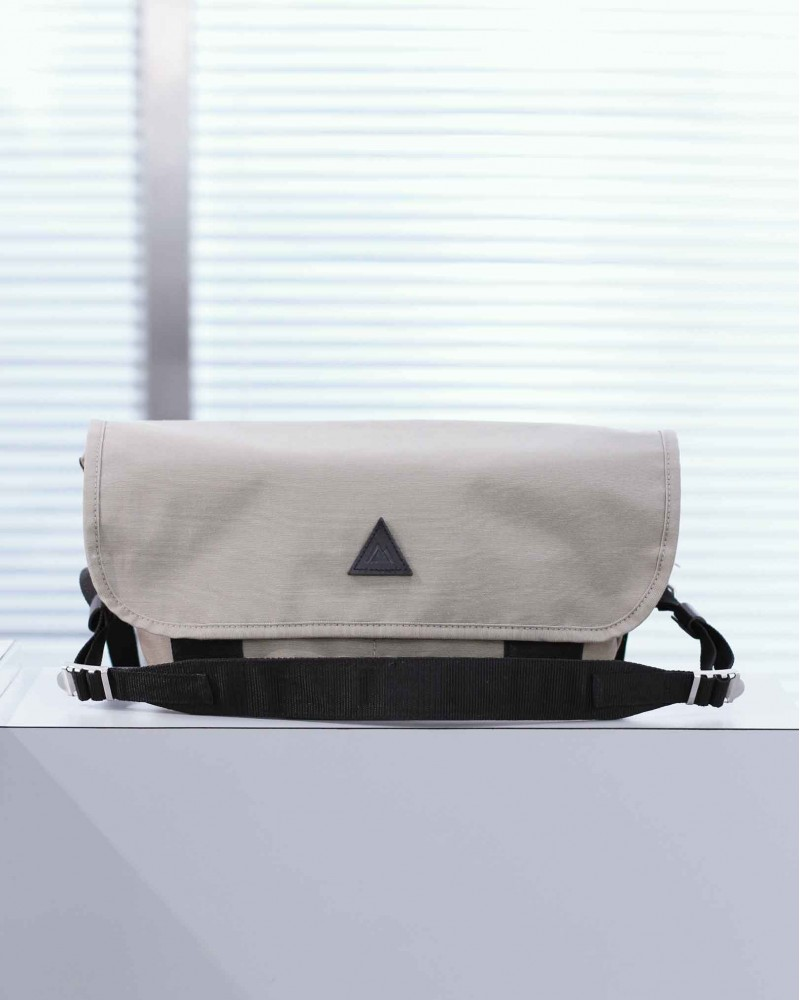 Anonym Craftsman Design|Naomi Shoulder Bag