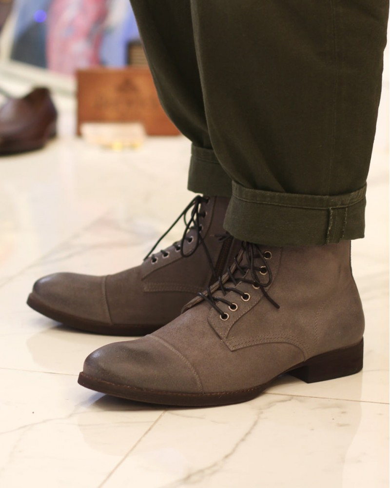 RAD by RAUDi|61501 Side Zip Captoe Boots.Grey Suede