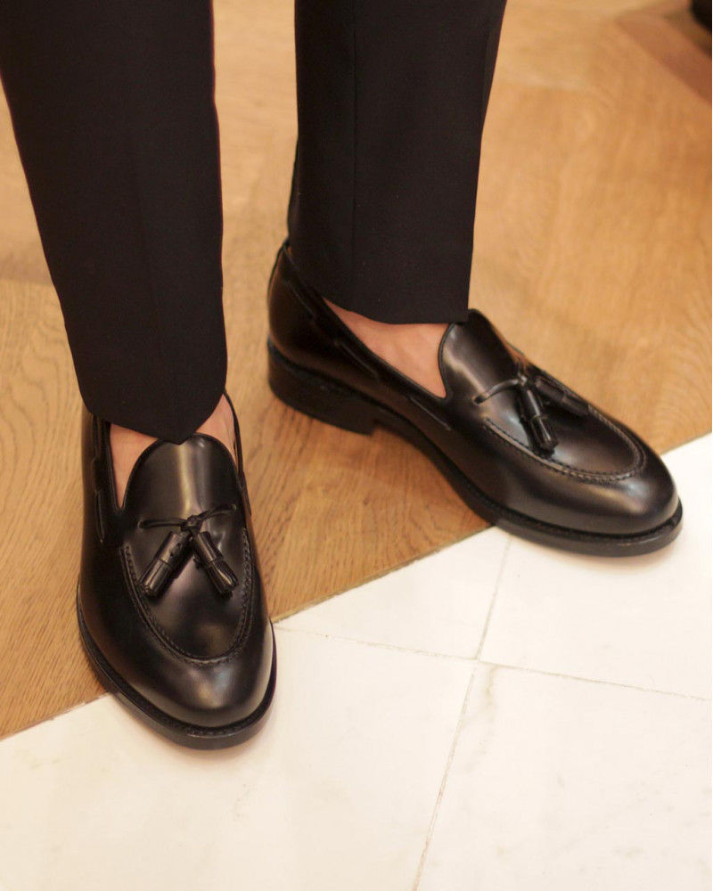Berwick1707 for HOAX|4171 Tassel Loafers・Black