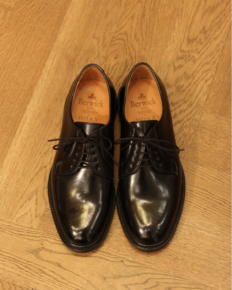 Berwick1707 for HOAX|4406 Cordovan Plain Toe Derby・Black