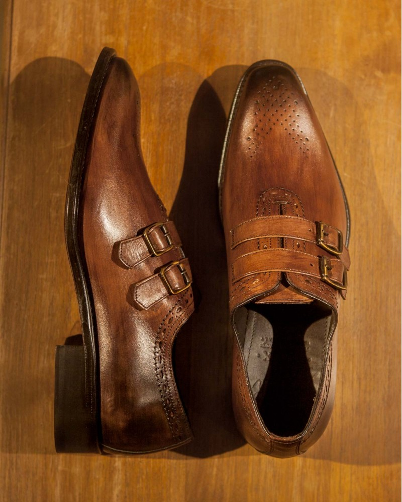 Calzoleria Toscana|H689 Medallion Double Monk Straps・Wood Patina