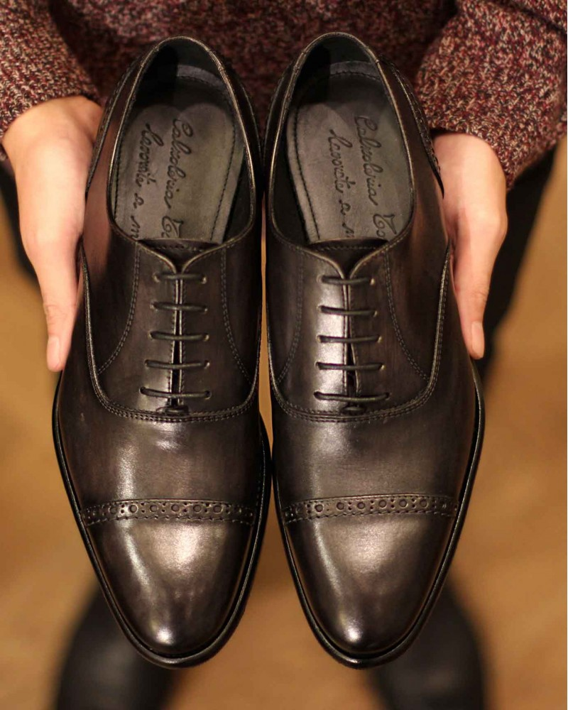 Calzoleria Toscana|3217 Patina Quarter Brogue・Graphite