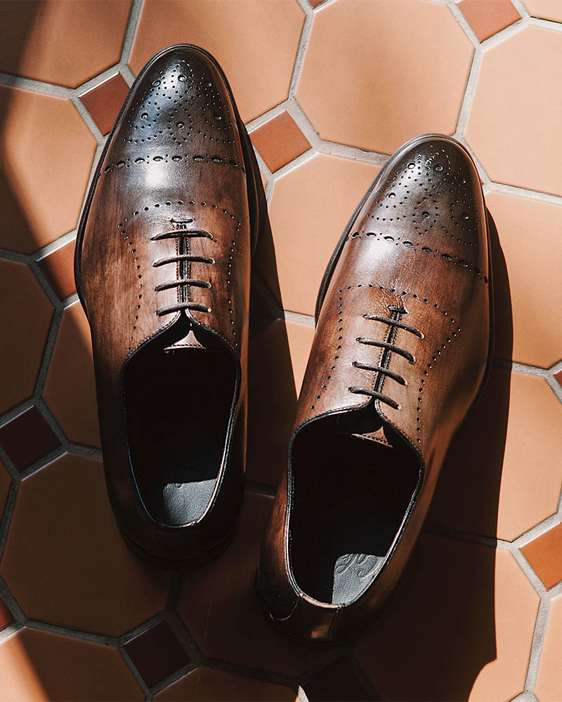 Calzoleria Toscana|6226 Whole Cut Semi Brogue・Patina Dove Grey