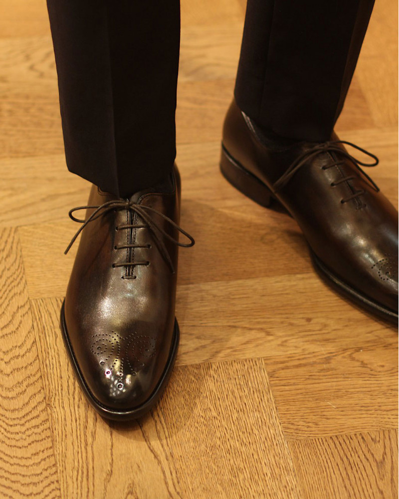 Calzoleria Toscana|8530 Whole Cut Medallion Oxford・Patina Dark Brown