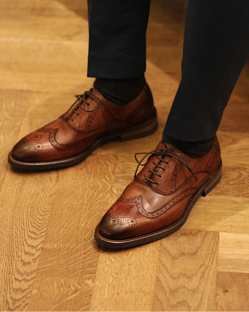 Calzoleria Toscana|H581 Patina Wingtip Oxford・Wood