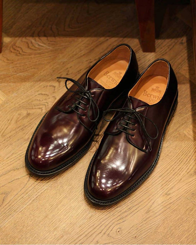 Berwick 1707 Plain Toe Derby · Burgundy