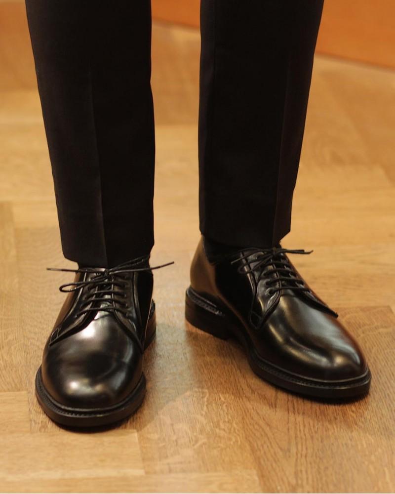 Berwick1707 for HOAX 4406 Plain Toe Derby · Black