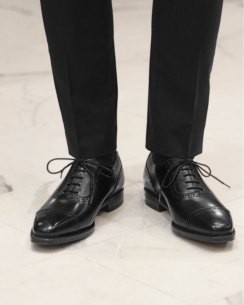 Berwick1707 Quarter Brogue・Black