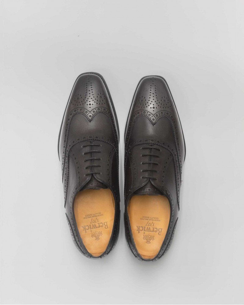 Berwick 1707 Full Brogue・Grey