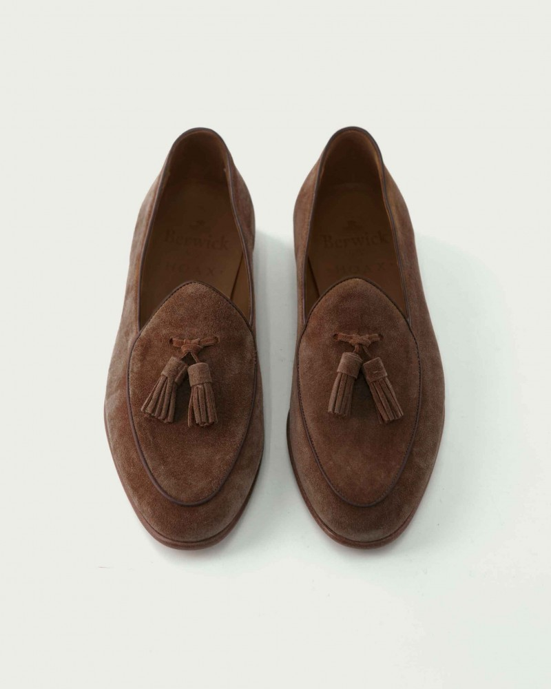 Berwick1707 for HOAX Belgian Loafers・173 Suede