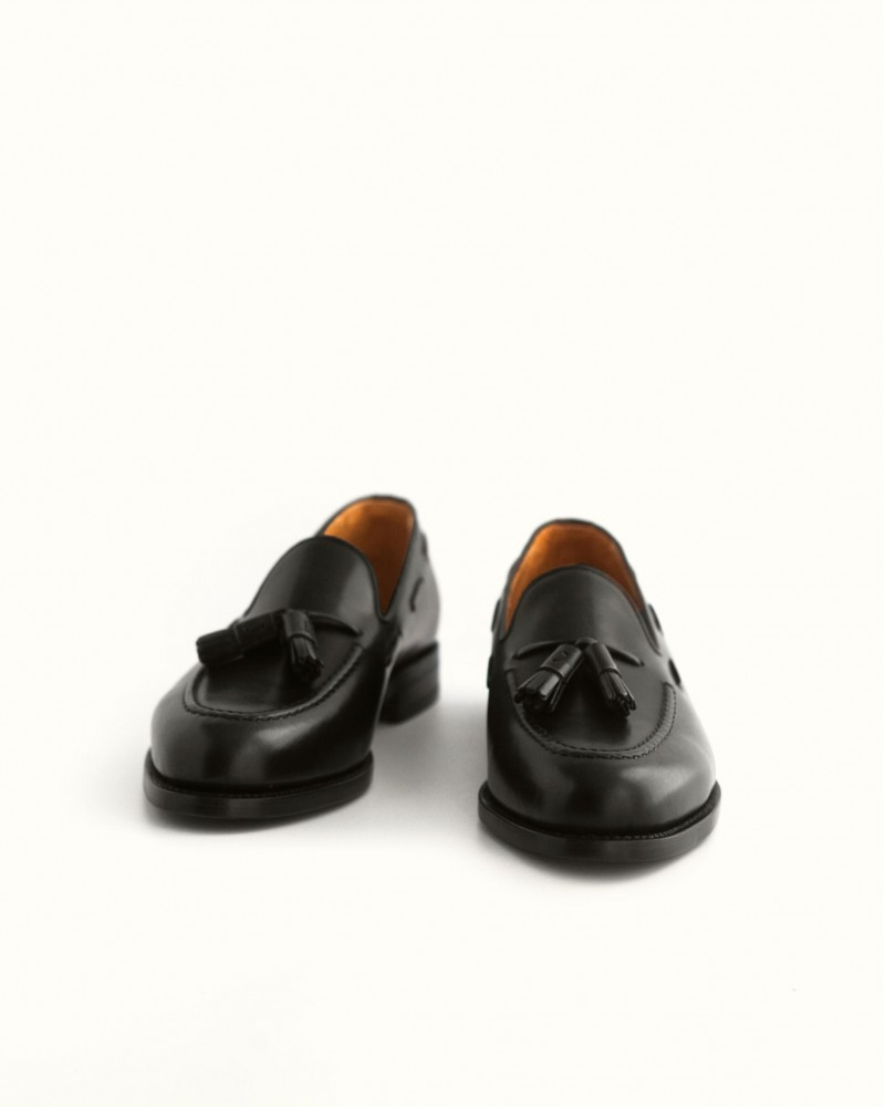 Berwick 1707 for HOAX Tassel Loafers・Black