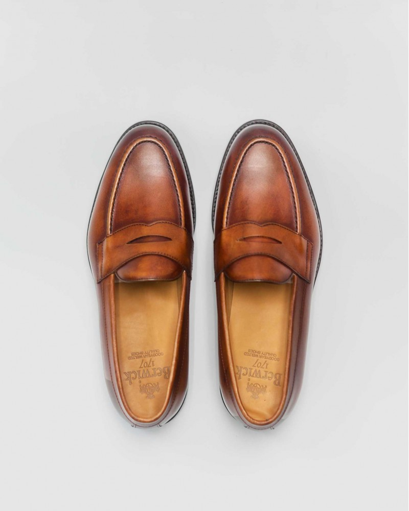 Berwick 1707 Penny Loafers · Tan