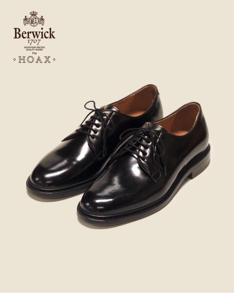 Berwick1707 for HOAX|4406 Plain Toe Derby · Black