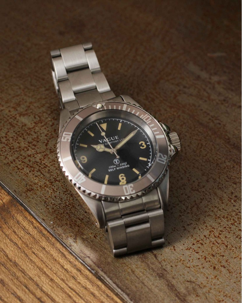 VAGUE WATCH Co. x HOAX Burford MilSub Stainless Steel Bracelet・Grey Bezel